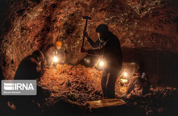 خبرنگاران معدن هفت هزارساله فیروزه نیشابور